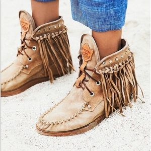 💫El Vaquero Roseland Moccasin Boots